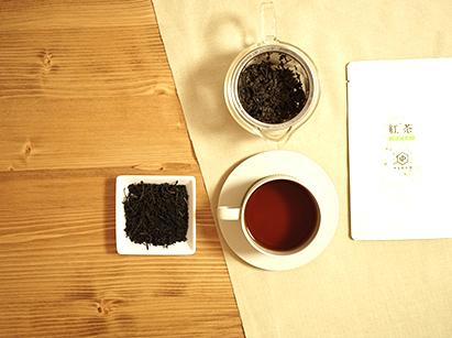 日本人に馴染みやすい日本茶の品種で作る熟成和紅茶【やぶきた】